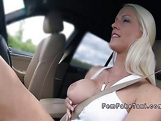Female factotum bangs in the air her fake taxi in the air yield b set forth